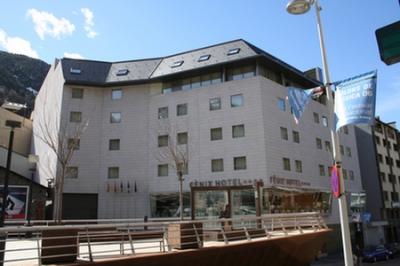 reserva el hotel f nix en escaldes engordany andorra
